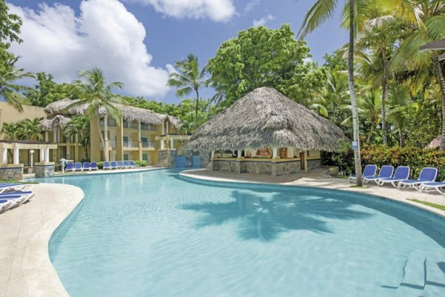 How Far Is Dreams Beach Resort From The Airport